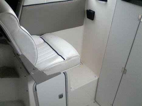 1997 Bayliner 2452 EXPRESS
