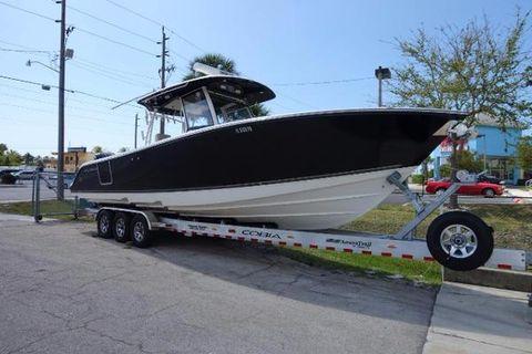 2015 Cobia Boats 344 Center Console