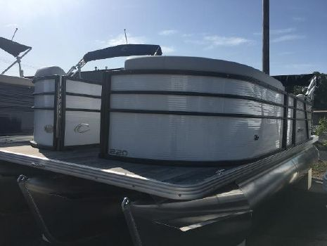 2019 CREST PONTOON BOATS I 220