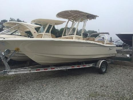 2016 Scout 195 Sportfish Actual Boat 195 Scout SF Sport Fish on Trailer