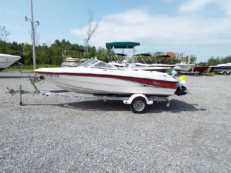 2002 Chaparral 180 SS
