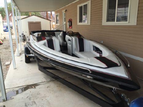 1994 Cole Boats Super Hawk