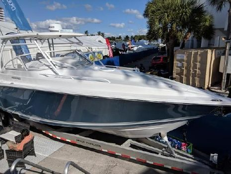 2019 FOUNTAIN 38 Sportfish Cruiser