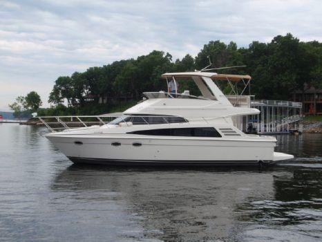 2007 Carver 42 Motor Yacht