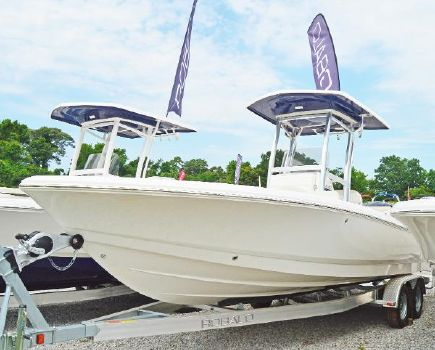 2016 Robalo 246 Cayman Bay Boat 2016-Robalo-246-Center-Console