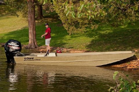 2016 Lowe Roughneck 1860 Big River