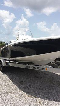 2015 Tidewater Boats 2200 CB