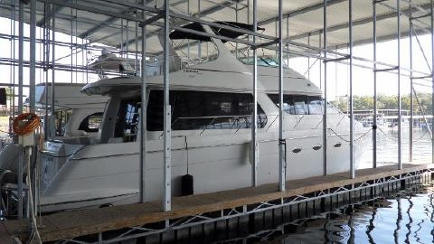 1998 CARVER YACHTS 530 Voyager