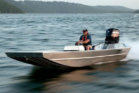 2016 Lowe Roughneck 1860 Shallow Water