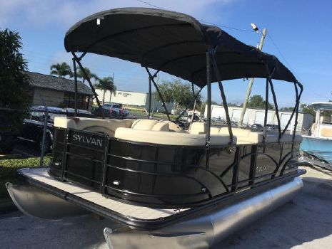 2019 SYLVAN 8520 Mirage Cruise