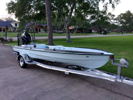 2015 Hell's Bay Boatworks Whipray Classic