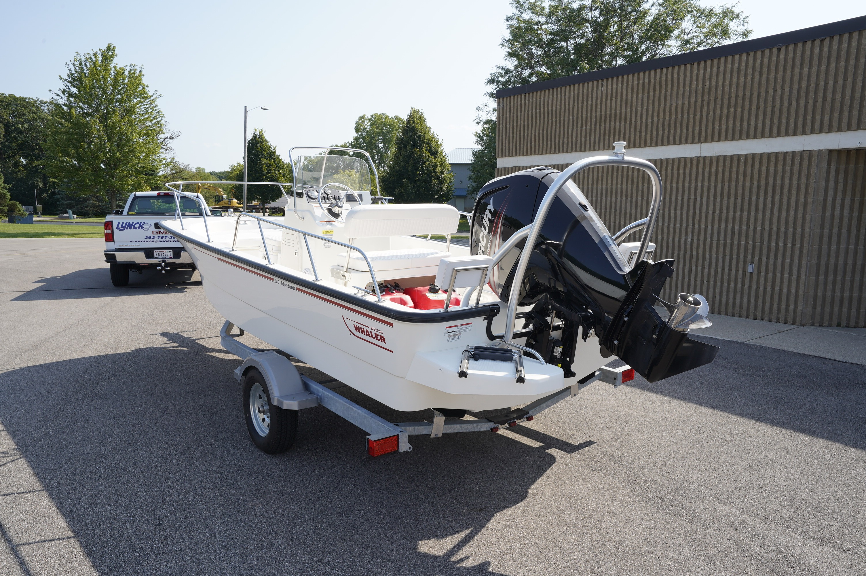Boston Whaler | New and Used Boats for Sale in Wisconsin