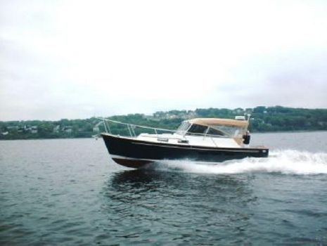 2000 Legacy Boat Downeast Cruiser
