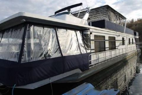 1995 Sumerset Houseboats 20' x 85' w/Catwalk
