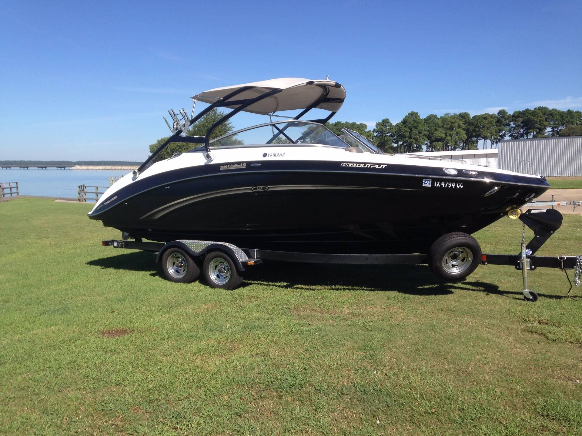 2013 yamaha 242 limited 24 foot 2013 yamaha motor boat for Yamaha boat dealers in texas