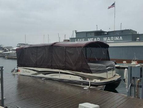 2008 Sun Tracker 25 Party Barge