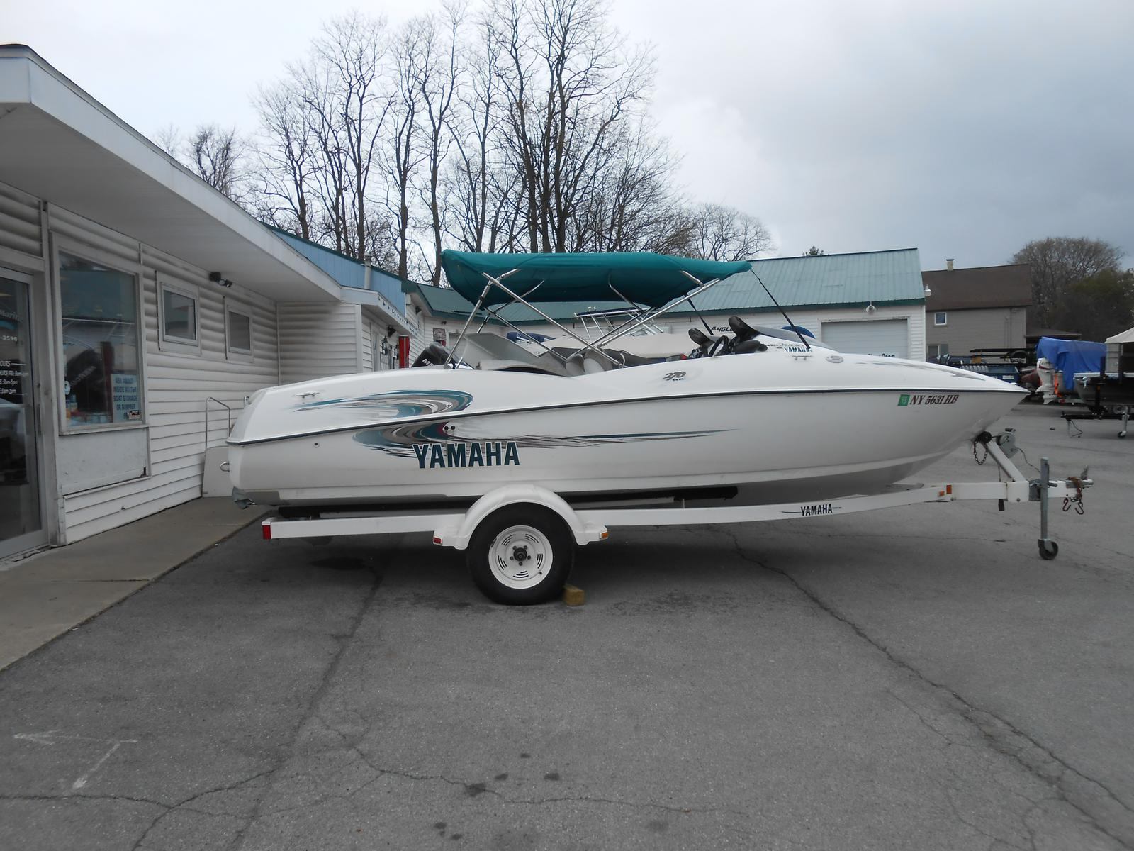 2000 yamaha ls2000 19 foot 2000 yamaha motor boat in for Jet cars rotterdam opgelicht