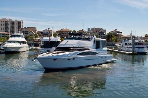 2002 Carver 56 Motor Yacht Profile