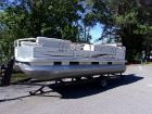 2006 TRACKER 21 PartyBarge