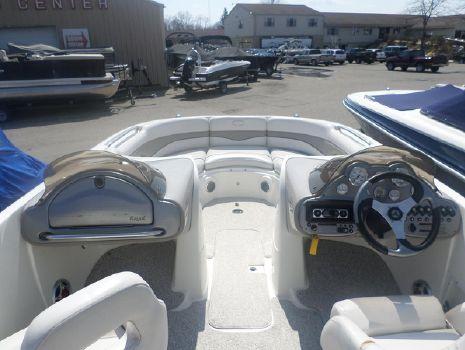 2006 Kayot Harris V220 Deckboat