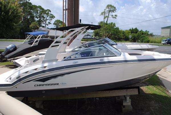 2017 Chaparral 244 Sunesta Bowrider 2017-chaparral-244-sunesta-bowrider-for-sale-ski-boat