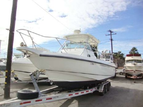2001 Boston Whaler 280 Outrage Cener Console