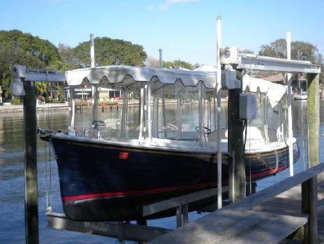 2011 Duffy 22 Bay Island