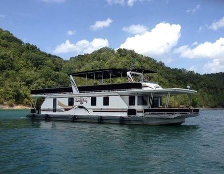 1998 Thoroughbred 17 x 76 Houseboat
