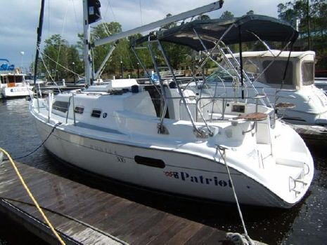 2003 Hunter 306 Profile