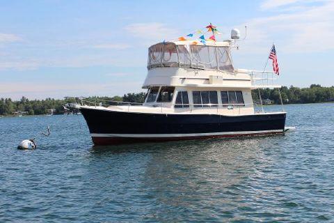 2004 Mainship 400 Trawler