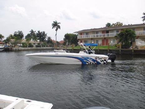 2002 Carrera Boats 32 Center Console