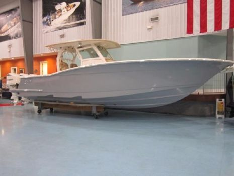 2016 Scout Boats 350 LXF