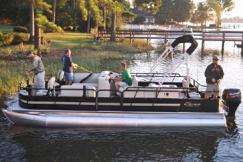 2018 Bentley Pontoons 244/243 4-Point Manufacturer Provided Image