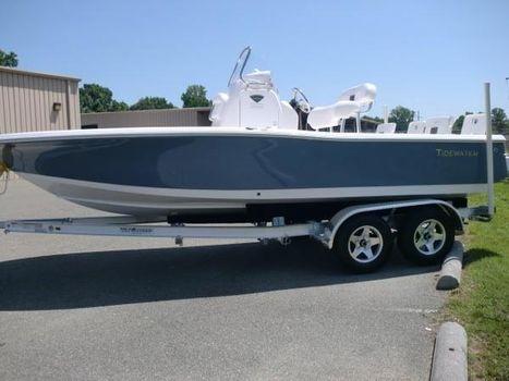 2017 Tidewater Carolina Bay 2000