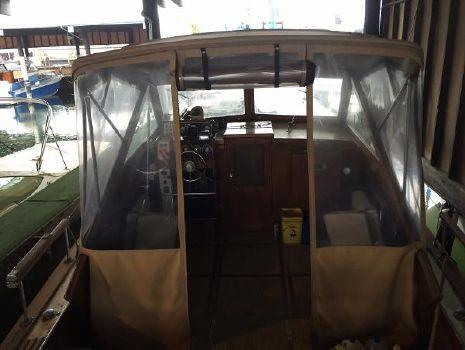 1965 Chris-Craft Connstellation Express Cruiser