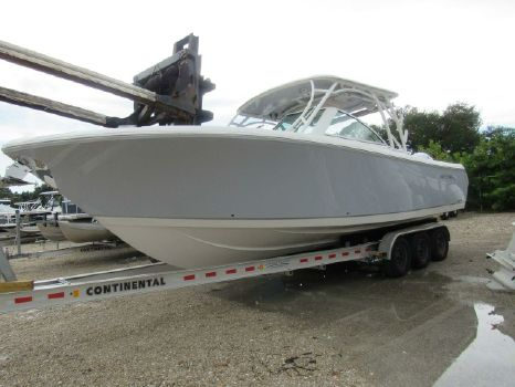 2020 SAILFISH 325 DC