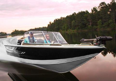 2015 Crestliner 1950 Sportfish