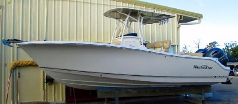 2016 Nautic Star 25 XS OFFSHORE CENTER CONSOLE