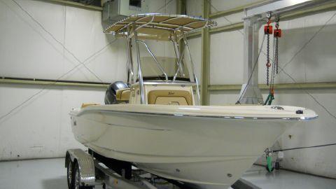 2018 Scout Boat Company 195 Sportfish