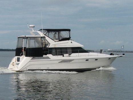 1993 Bayliner 4387 Aft Cabin Motoryacht