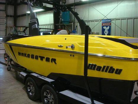 2016 Malibu Wakesetter 25 LSV