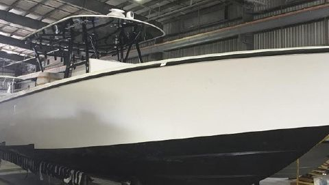 2015 Contender STEP HULL -T