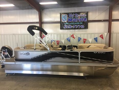 2017 G3 Boats SunCatcher V322 RC