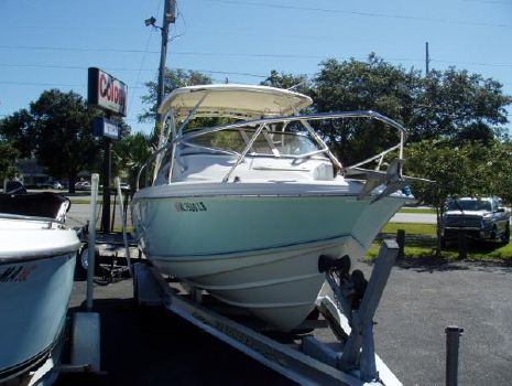 2003 Scout Boats 242 Abaco