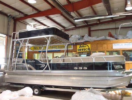 2014 Avalon 2785 Fun Ship