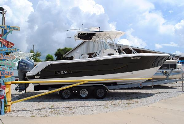 2008 Robalo R300 Center Console USED-2008-ROBALO-300-CENTER-CONSOLE-FISHING-BOAT-FOR-SALE