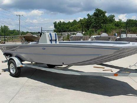 2016 G3 Boats Gator Tough Deluxe 18 CC