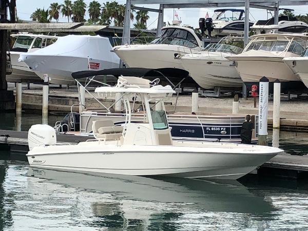 New 2018 BOSTON WHALER 240 Dauntless Pro, Sarasota, Fl