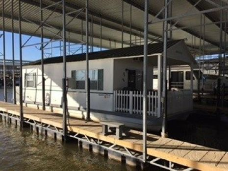 2008 Catamaran Cruisers Aqua Lodge 12' x 42'
