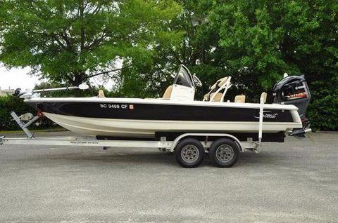 2012 Scout Boats 221 Winyah Bay